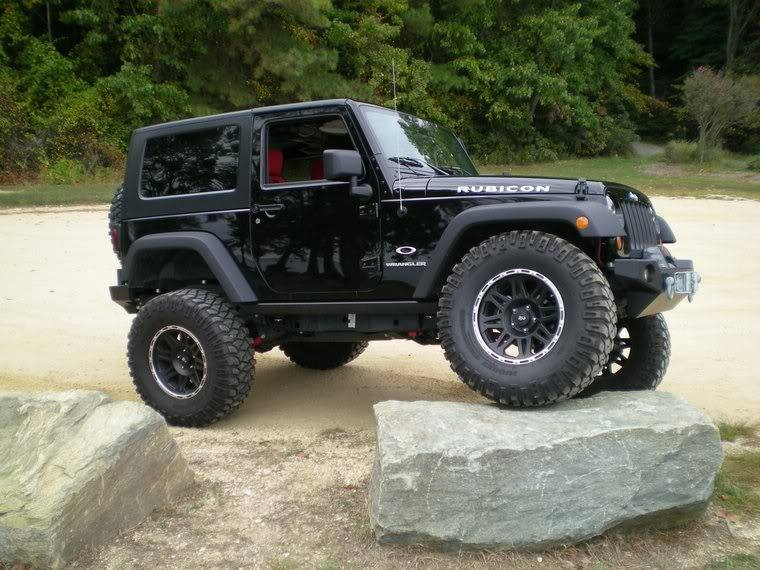 Descrição. Alloy Wheel ProComp, Model 7105 Flat Black For Jeep Wrangler JK