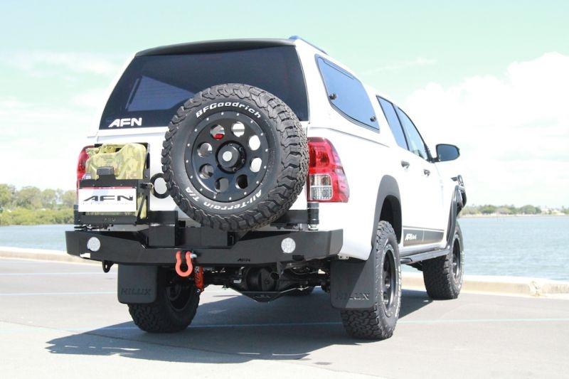 Para Choques Traz AFN c/ Suporte Pneu - Toyota Hilux Revo 15+